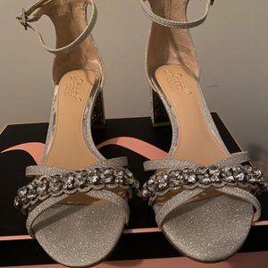 Badgley Mischka silver jewl shoes